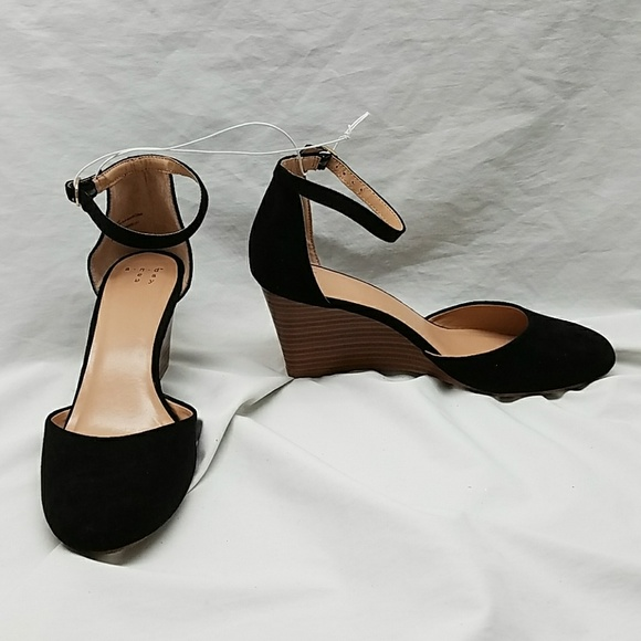 7be25b1b230 Wendi Black Faux Wood Wedge Strappy Heel